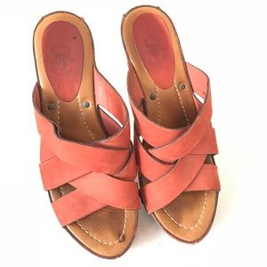 FRYE burnt orange strappy leather edge